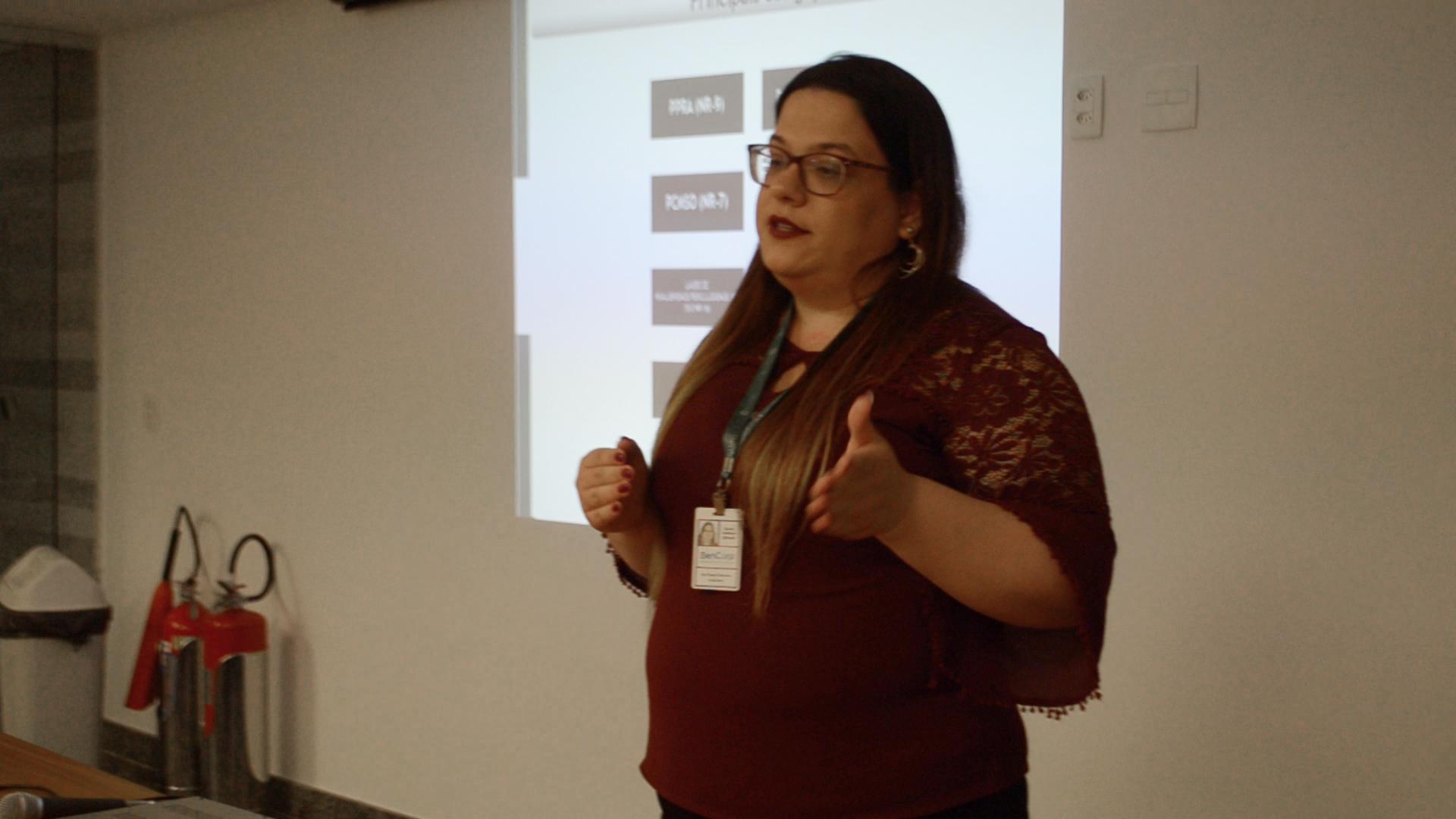 Ana Paula Amorim, gerente de Saúde Ocupacional, fala sobre os prazos e características do eSocial